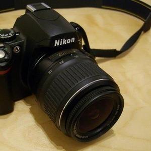 Продам зеркалку: Nikon D40 Kit