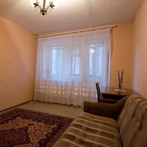 Посуточно 1 квартиру на сутки,  ночь и неделю уютную в Томске,  Томск!!!