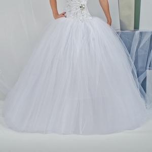 Продам свадебеные платья